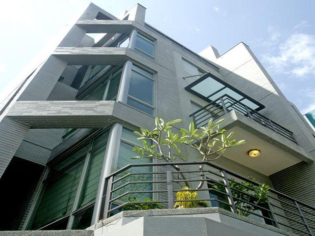 台南東區建案《連建誠品》|台南建商連建建設