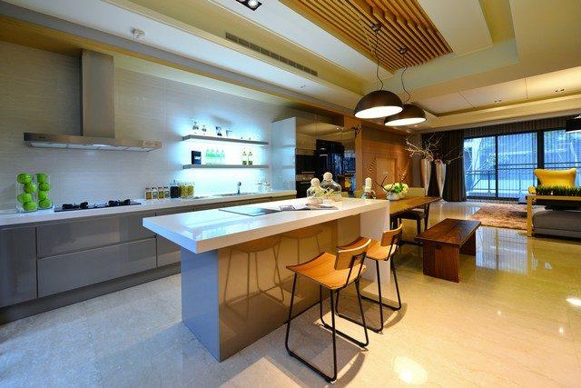 客廳在二樓,結合半開放式廚房的格局有哪些優點?|連建建設機構